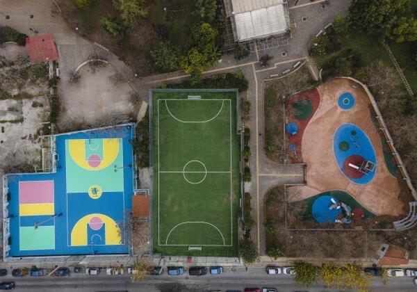 Γήπεδο & Παιδική Χαρά Νέος Κόσμος